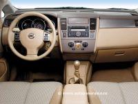 Nissan Tiida. Здравый смысл.